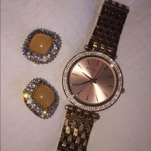 Michael Kors watch in rose gold not with earrings